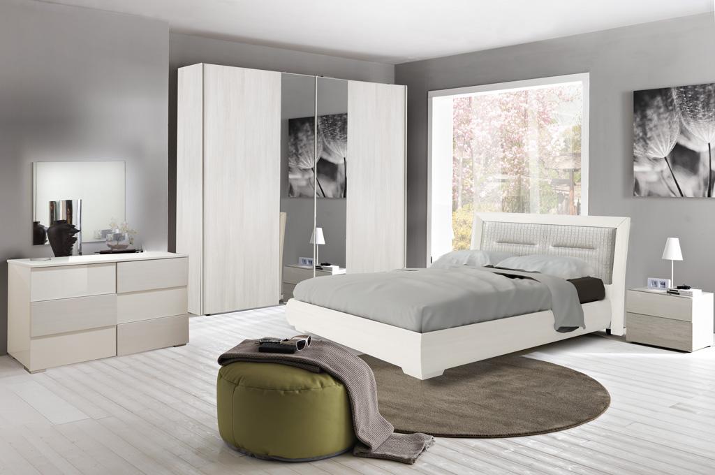 Camera da letto moderna India - LarredoTrieste