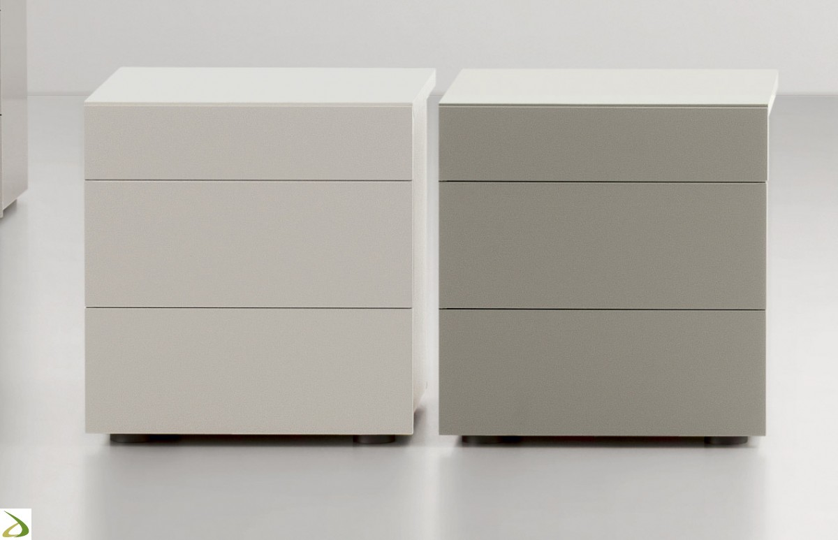 Comodino 3 cassetti Modello Pakman - LarredoTrieste